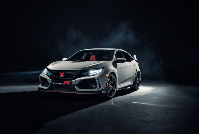 Civic Type R Debuts at 2017 AutoCon in Los Angeles